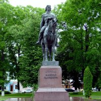 Памятник  князю  Даниилу  Галицкому  в  Галиче :: Андрей  Васильевич Коляскин