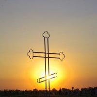 Большой крест в Любимовке.Закат. :: Алексей Климов