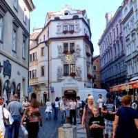 Прага. Уличное фото. :: Виктор Никаноров