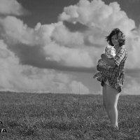 Мать и дитя :: Оксана Волина