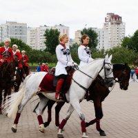 На конном празднике :: Николай Дони
