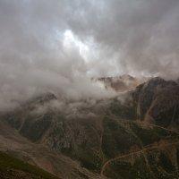 в горах перед молниями :: Горный турист Иван Иванов