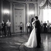 Свадебный танец :: Наталья Бурнашкина