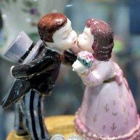 поцелуй с голубками или все ...делают это :: Олег Лукьянов