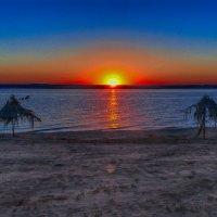 Вечерний пляж :: Виктор