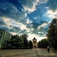 Небеса над мужским монастырем в Москве :: Zifa Dimitrieva