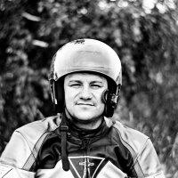 Портрет в каске :: Евгений Золотаев
