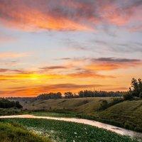 Рассвет в долине лотосов. :: Жемчужникова Марина