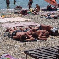 На пляже :: Игорь Ковалев