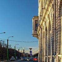 Утро в городе :: Константин Бобинский
