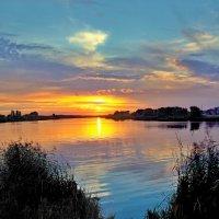 яркие краски заката :: юрий иванов