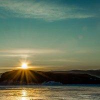 Рассвет на Байкале :: Евгений Оегостуров
