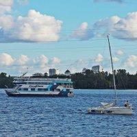 На воде :: Александр Орлов