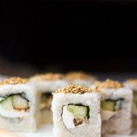 sushi :: Katie Voskresenskaia