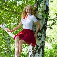 девушка в лесу. :: Ксюша Рукавишникова