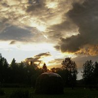 Неласковое небо июля :: val-isaew2010 Валерий Исаев