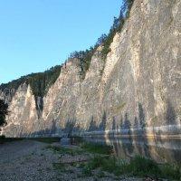 Скальная  гряда  Мамбет.  река Зилим , Башкирия :: АЛЕКС