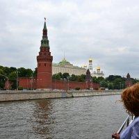 Прогулка по Москве реке :: Сергей Б