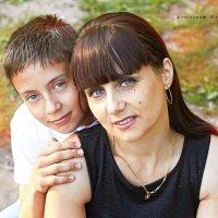 мама и сын :: Юлия Дмитриева