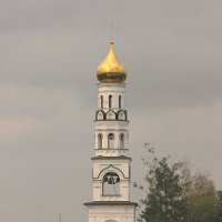 Монастырская колокольня :: Леонид