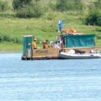 Плыла по речке лодочка.... :: Прима Игорь Кондратьевич