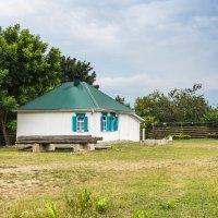 Кубанский дом. :: Геннадий Оробей