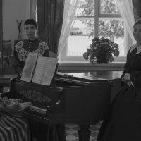 Город Воткинск, дом-музей П.И. Чайковского :: Владимир Максимов
