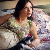 Котик-коток, тёплый бочок... :: Ирина Трифонова