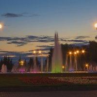 Встретимся у фонтана :: Владимир Максимов