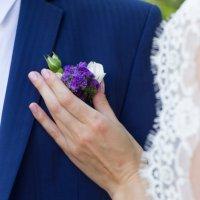 Свадебный цветок жениха :: Tanya Shikalakula