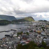 Норвегия, г.Олесунн :: Lyubov Zomova