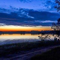 Костёр на закате :: Анатолий Иргл