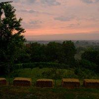 Вечерний пейзаж с соломой :: Аннушка Козельская
