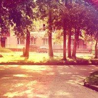 школьный двор :: Любовь Космачева