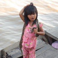 Змей и девочка :: Геннадий Подгола