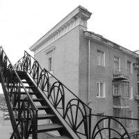 вверх по лестнице, ведущей вниз :: Лана Lana