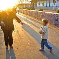 солнечная бабушка :: Валерий Горбунов