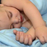 тяжек детский день, сладок детский сон... :: Виолетта Костина