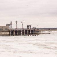ГЭС с обратной стороны :: Сергей Панов