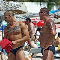 пляжные орлы :: Владимир Матва