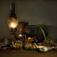 С керосиновой лампой :: Lev Serdiukov