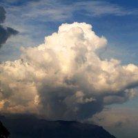 облака над горой :: valeriy g_g