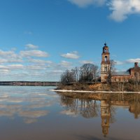 Синий апрель :: Николай Белавин