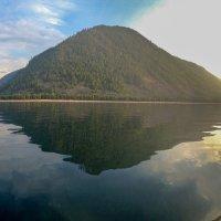 Остров Отражение :: petrovpetrg