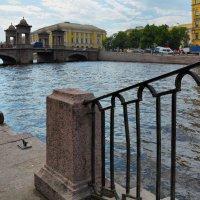 В городе :: Сергей Мурзин