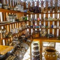 Назад в  СССР... В магазинчике старых вещей... :: Юлия Бабитко