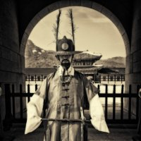 Охрана королевского дворца.Южная Корея Сеул :: Евгений Подложнюк