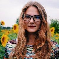 ♥ :: Jen Romanova