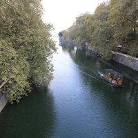 прогулка по реке Сочи :: valeriy khlopunov