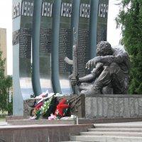 Памятник войнам интернационалистам. :: Александр Атаулин
